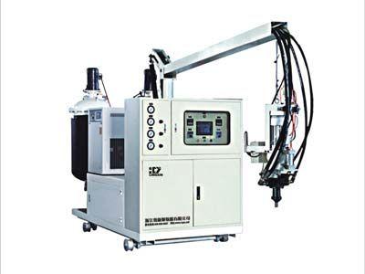 高效低压聚氨酯浇注机